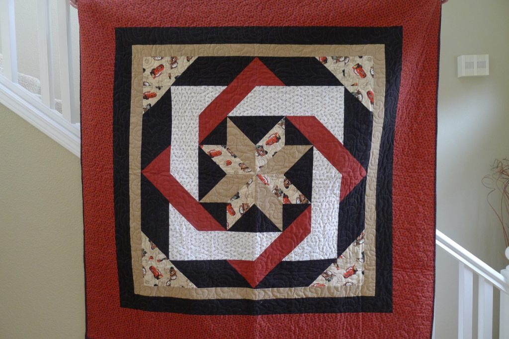 Labyrinth by Debbie Maddy of Calico Carriage Quilt Designs, Finished quilt