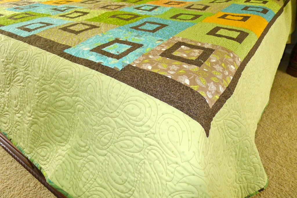 Sweet Pea quilt by Heather Mulder Peterson of Anka's Treasures, Finished quilt detail