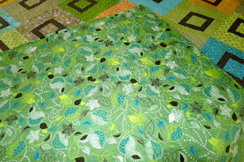 Sweet Pea quilt by Heather Mulder Peterson of Anka's Treasures, Quilt back