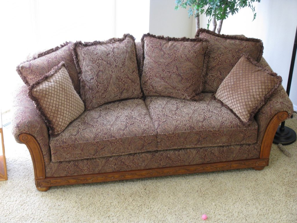 Poor naked non-leather couch