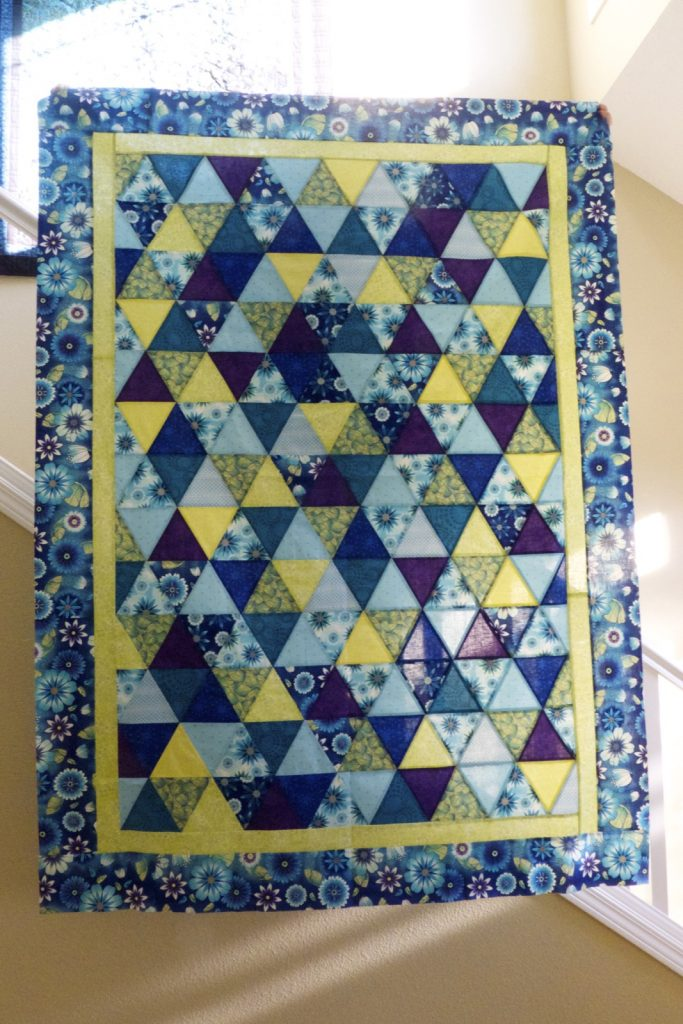 Equilateral triangle quilt, Finished top